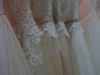 Esküvői ruhák az aktuális divat szerint